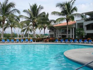 LUXURY, LUXURY 5 STAR @ GRAND MARINA VILLA. - Nuevo Vallarta vacation rentals