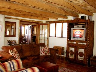 Montana Luz Hacienda - Taos Area vacation rentals