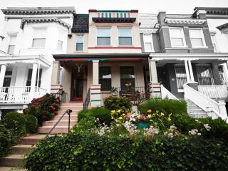 Elegant town house near National Mall/ U ST - District of Columbia vacation rentals
