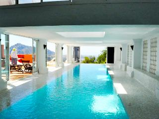 Spacious apt w/private covered heated pool - Gaucin vacation rentals