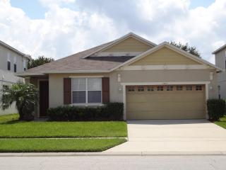 4 Bedroom Villa - Golf Community near Disney - Kissimmee vacation rentals