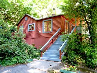 CHERRY HILL - Russian River vacation rentals