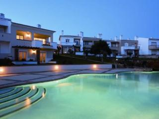 Casa Mimosa - Luxurious 2 bedroom village house - Algarve vacation rentals