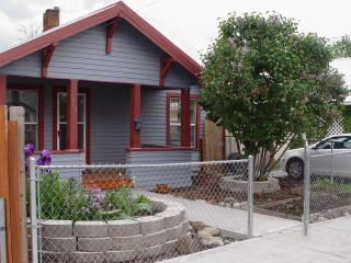 Romantic Baker City Bungalow by the Powder River - Eastern Oregon vacation rentals