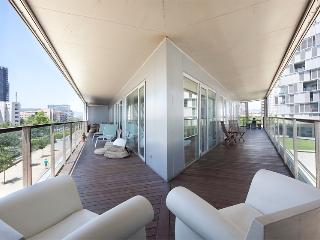 New Beach Apartment with Terrace, Pool, Gym - Barcelona vacation rentals