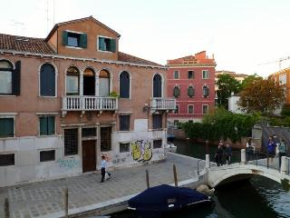 Corte Segreta 2BR canal view - Venice vacation rentals