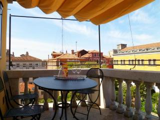 Ognissanti Palace, canal view, private terrace - Venice vacation rentals