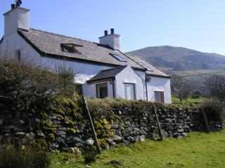 Stunning North Wales Character Cottage - Caernarfon vacation rentals
