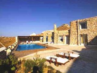 Villa Boufla with huge Jacuzzi 8 persons - Mykonos vacation rentals