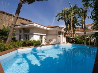 Villa Il Gioiello - Contemporary villa with pool, walking distance to the beach & tennis court - Sorrento vacation rentals