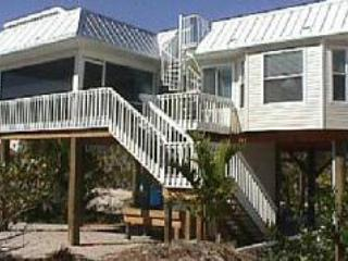 back of house - Romantic Beach House w/ private pool & rooftop spa - North Captiva Island - rentals