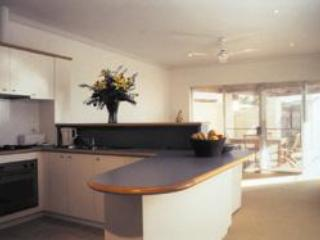 kitchen/lounge - The Dunes, Self Contained Apartment, Perth, WA - Scarborough - rentals