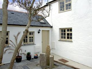 WILLOW COTTAGE, family friendly, country holiday cottage, with a garden in Lostwithiel, Ref 4014 - Lostwithiel vacation rentals