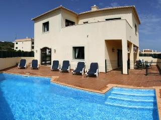 lovely 2 bed villa  private corner plot free wifi - Burgau vacation rentals