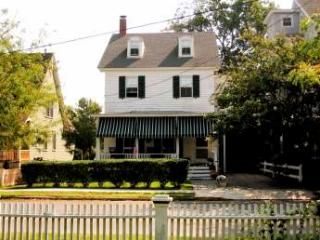Cape May 7 Bedroom & 4 Bathroom House (Longfellow House 3417) - Cape May vacation rentals