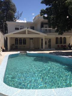 DOCTOR B PARADISE - Port-au-Prince vacation rentals