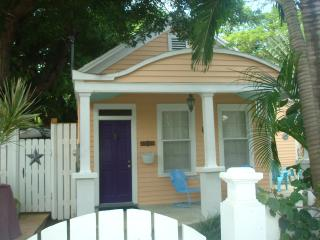 Casa Manana 2 bedroom Cottage in Old Town Key West - Key West vacation rentals