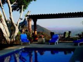 Pool with a View - Hacienda Clemente Jacques - Tepoztlan - rentals