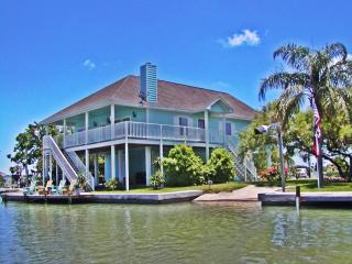 Best Waterfront Rental, Fish, Beach, Community Pool - Rockport vacation rentals