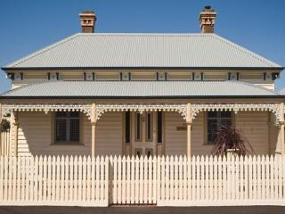 Sabina on Little Myers, House in Central Geelong, - Victoria vacation rentals