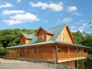Wonderful Family Cabin 1 mile from Dollywood (WiFi - Sevierville vacation rentals