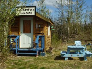 Huffsteters Hideaway - Healy vacation rentals