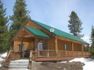 HIDDEN CREEK CABIN~ 3 BEDROOMS - Island Park vacation rentals