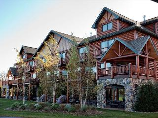 Voyageur Crossings: Unit 17&18 - Eagle River vacation rentals