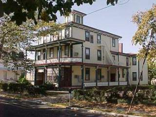 CLOSE TO BEACH AND TOWN 115580 - Cape May vacation rentals
