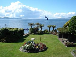 Nicara Lakeside Cottage - Rotorua vacation rentals