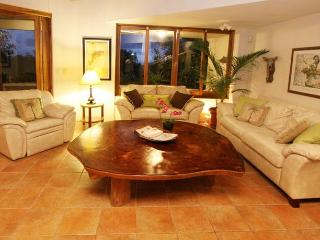 Casa Sandra: Spectacular Views Quality Furnishings - Puntarenas vacation rentals