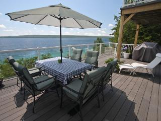 Viewtiful cottage (#635) - Lions Head vacation rentals