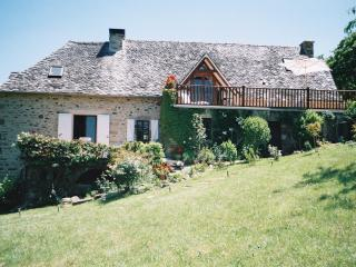 Charming Gite in beautiful location Sleeps 2-6 - Estaing vacation rentals