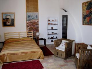Charming Suite -best location in Yemin Moshe - Jerusalem vacation rentals