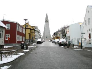 The Red House Holiday Flat Upper. Includes WiFi! October reduced to $125 per night! - Reykjavik vacation rentals