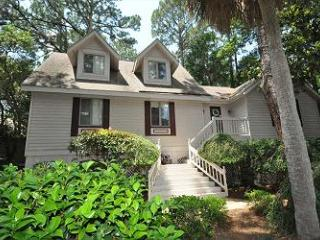 169 Mooring Buoy | Palmetto Dunes Home Vacation Rental | Hilton Head Island - Hilton Head vacation rentals