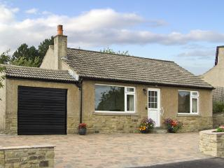 WYNNVILLE, country holiday cottage, with a garden in Embsay, Ref 4240 - Yorkshire vacation rentals