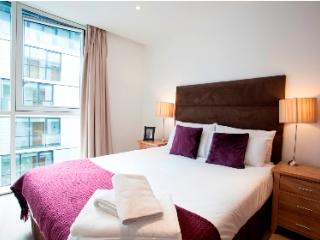 LastMinute Deals in Times Square at low prices - Paris vacation rentals