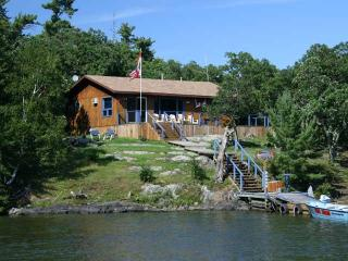 French Portage Outpost - Honey Harbour vacation rentals