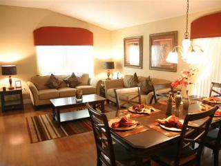 Beautiful 4BR - Spa - Game Room - Min. to Disney! - Davenport vacation rentals
