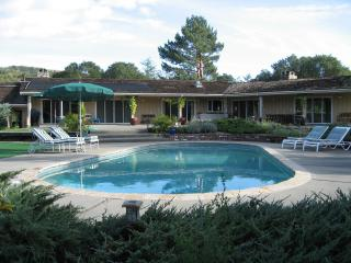Beautiful Estate on 3.5 Acres, pool, putting green - California Wine Country vacation rentals