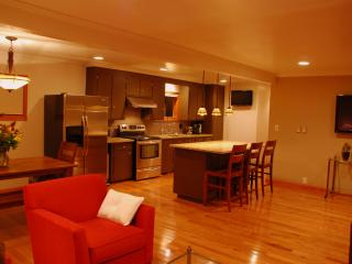 The Broadway Guest House - Granville vacation rentals
