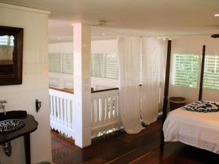 Plantation house - Elegant Antigua suite - Playa del Carmen vacation rentals