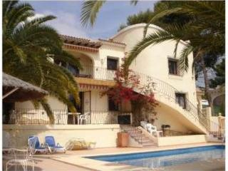 Lovely  villa, 5 bedrooms, private pool, nr beach - Moraira vacation rentals