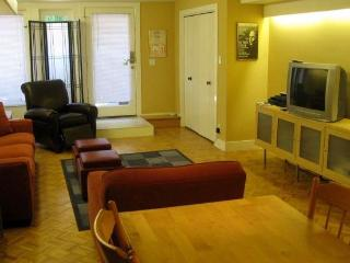 Fair Oaks Suite North - San Francisco Bay Area vacation rentals