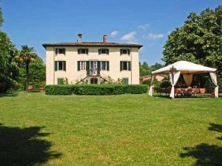 Villa Clara- 18th century manor in tranquil countryside with pool & chapel - Lucca vacation rentals