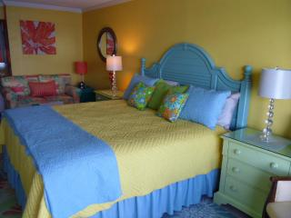 New Tropical KING BED Suite Oceanfront Efficiency - Myrtle Beach vacation rentals