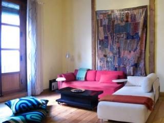 Madrid Centre Latina Original Loft Groups & Family - World vacation rentals