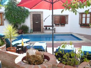 El Patio - 2 bedroom townhouse with private pool - Nerja vacation rentals