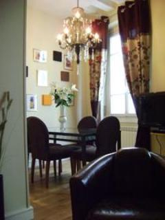 MONTORGUEIL (75002) ~ Studio ~ Up To 2 Guests - Image 1 - Paris - rentals
